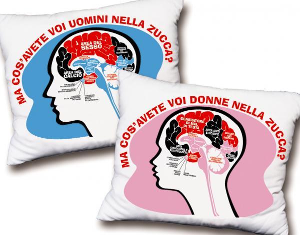 Gadget umoristico. Cuscino: il cervello dell'uomo e della donna.